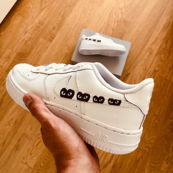 custom sneaker nike air force black cdg swoosh
