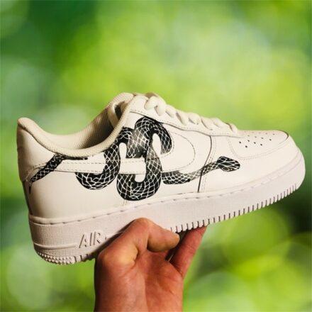 custom sneaker nike air force snake