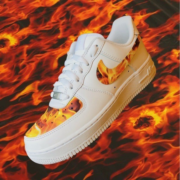 Custom Sneaker Nike Air Force Fire and Flame Hydrodipping