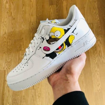 tritt-kunst custom sneakers custom nike air force homer Simpson