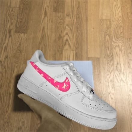 tritt-kunst custom sneakers custom nike air force lv swoosh