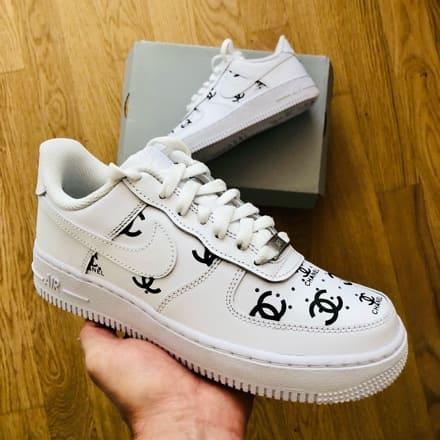 Tritt Kunst Custom Sneakers Nike Air Force Chanel Custom